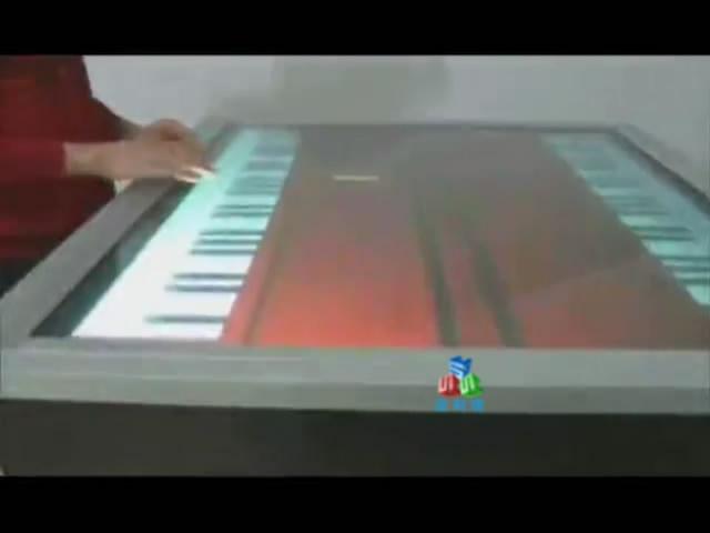 多点互动钢琴桌
